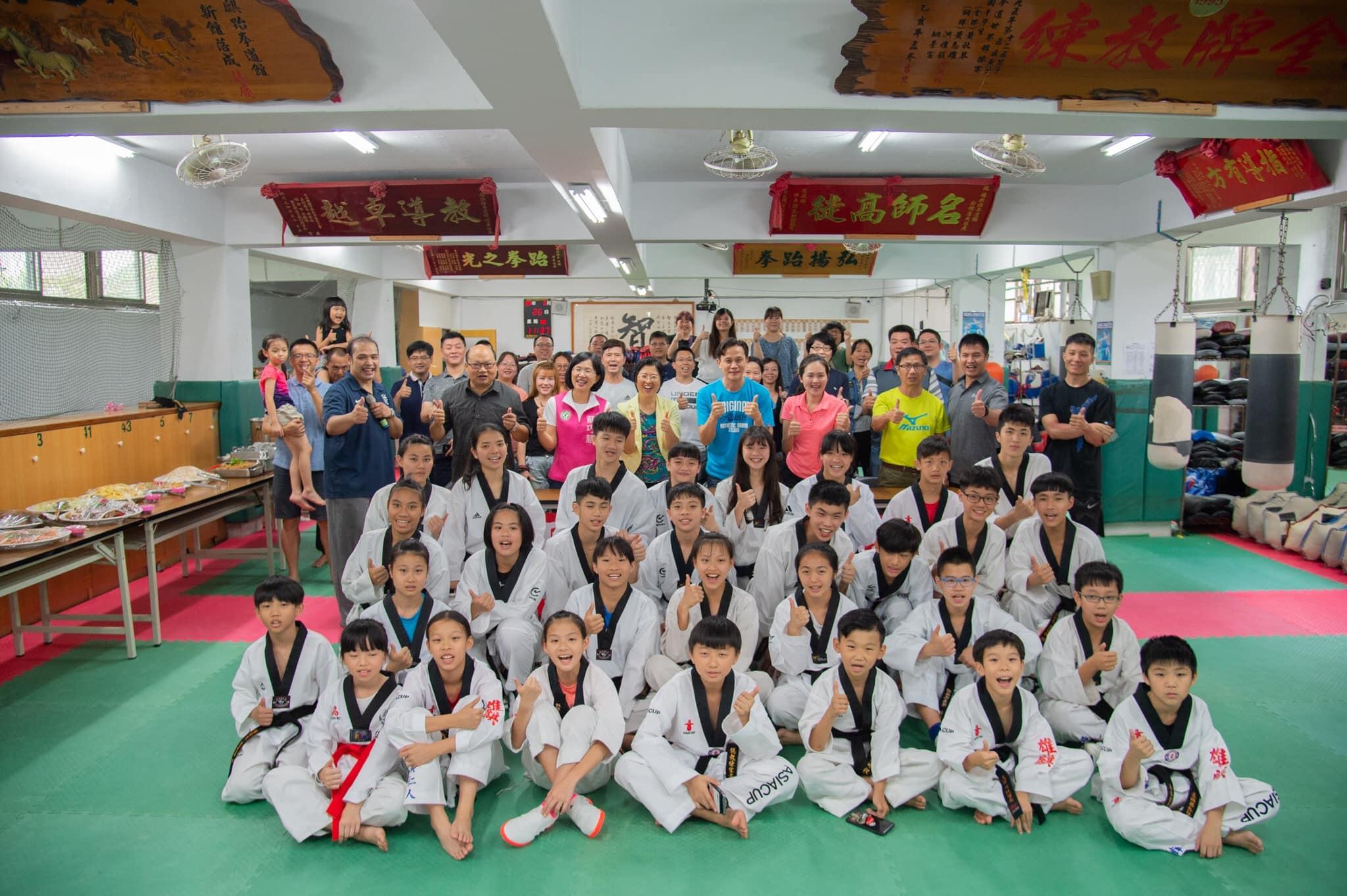 育林國中跆拳道隊